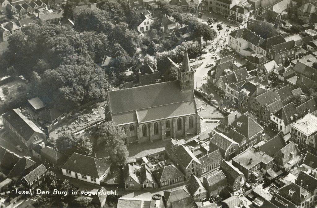 Luchtfoto Den Burg 1966